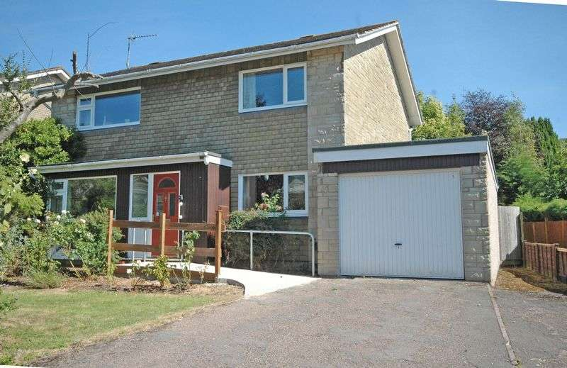 4 Bedrooms Detached House for sale in Charles Close, Monmouth