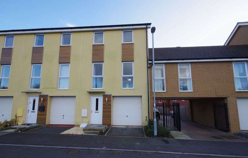 3 Bedrooms Terraced House for sale in Over Drive, Charlton hayes, Bristol