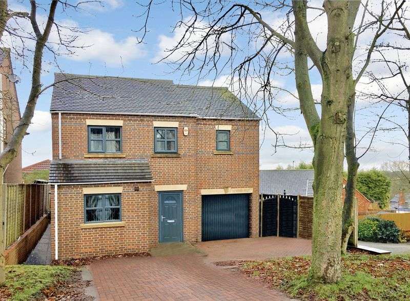 4 Bedrooms Detached House for sale in Hastings Road, Swadlincote