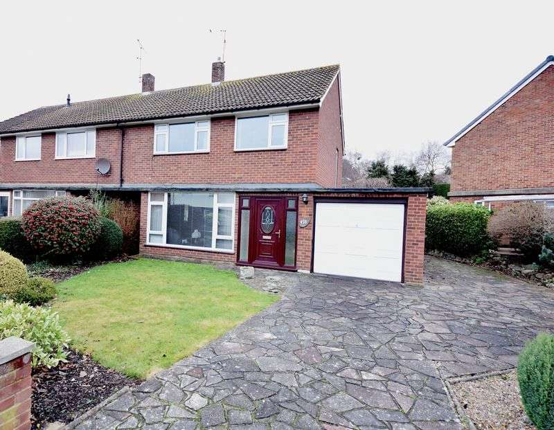 3 Bedrooms Semi Detached House for sale in Park Avenue, Foley Park