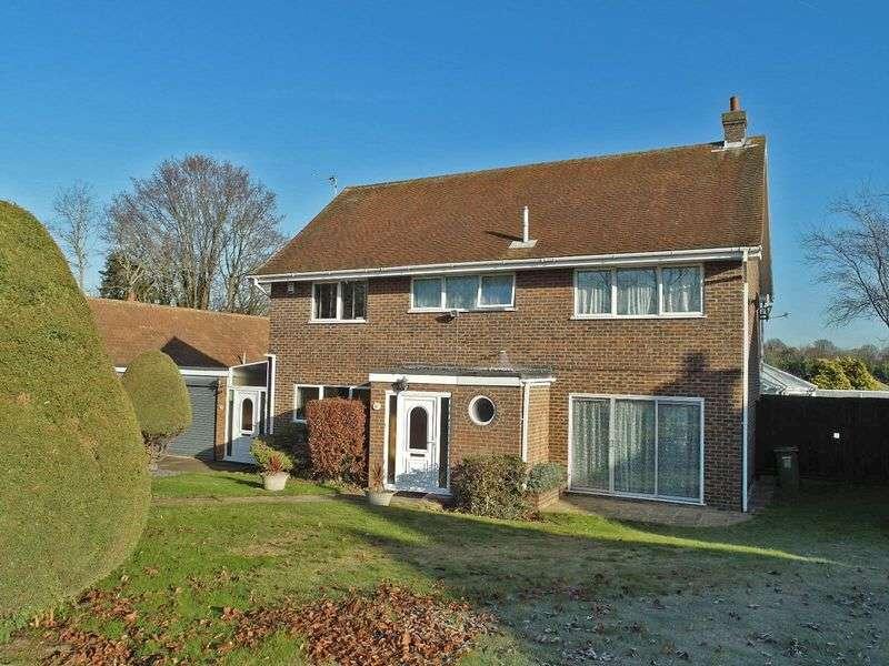 4 Bedrooms Detached House for sale in Five Wents, Swanley Village, Hextable