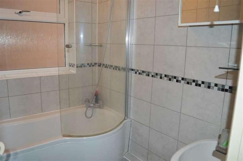 2 Bedrooms Bungalow for sale in Joydens Wood Road, Joydens Wood