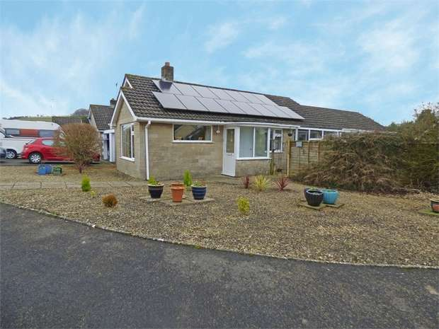 3 Bedrooms Detached Bungalow for sale in Glyn Place, East Melbury, Shaftesbury, Dorset