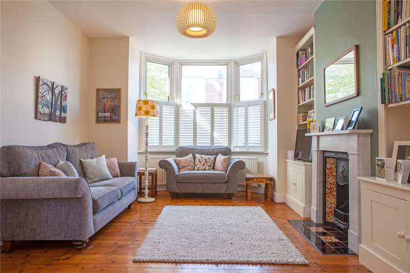 3 Bedrooms Terraced House for sale in Beresford Road, East Finchley, London, N2
