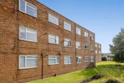 1 Bedroom Flat for sale in Moor Court, Fazakerley, Liverpool, Merseyside, L10