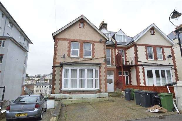 2 Bedrooms Flat for sale in Chapel Park Road, ST LEONARDS, East Sussex, TN37 6HU