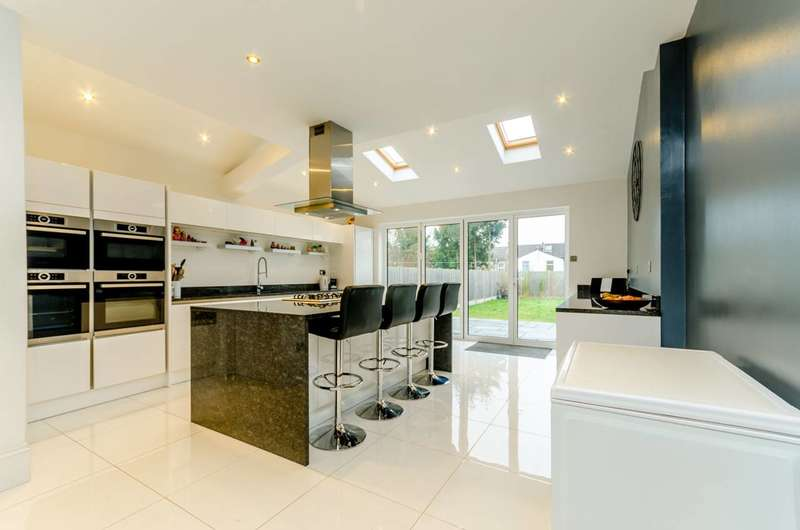 5 Bedrooms House for sale in Whitworth Road, South Norwood, SE25