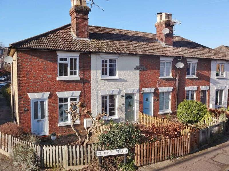 2 Bedrooms Terraced House for sale in St. Johns Street, Godalming