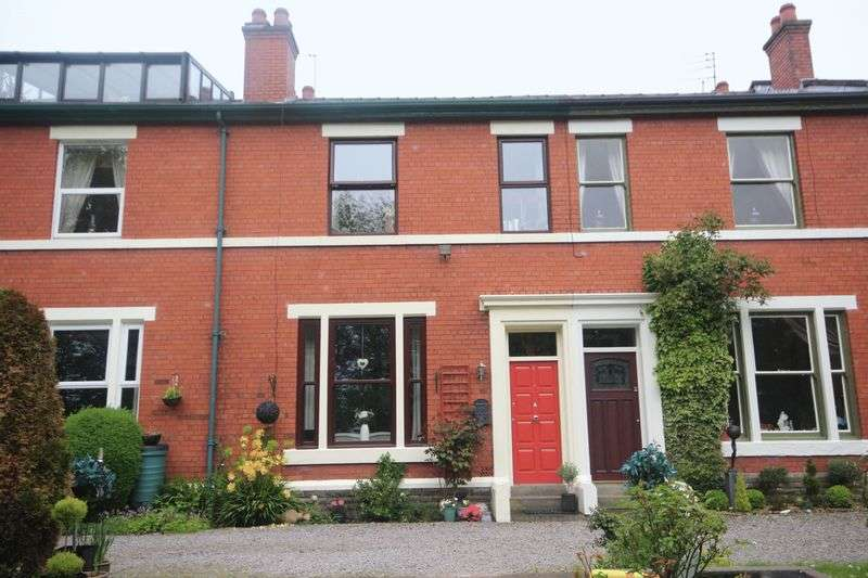 3 Bedrooms Terraced House for sale in ASHDENE, Healey, Rochdale OL12 6DJ
