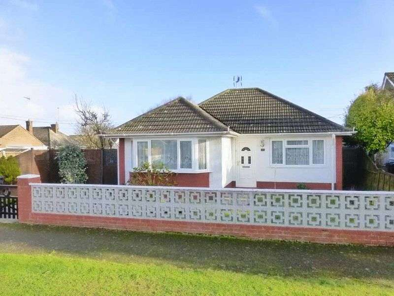 2 Bedrooms Detached Bungalow for sale in Caister-on-Sea
