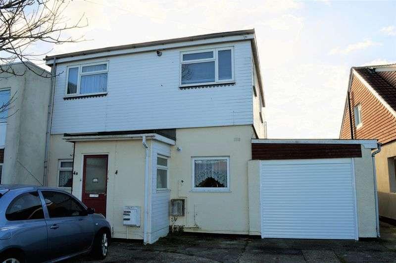 2 Bedrooms Maisonette Flat for sale in West Haye Road, Hayling Island