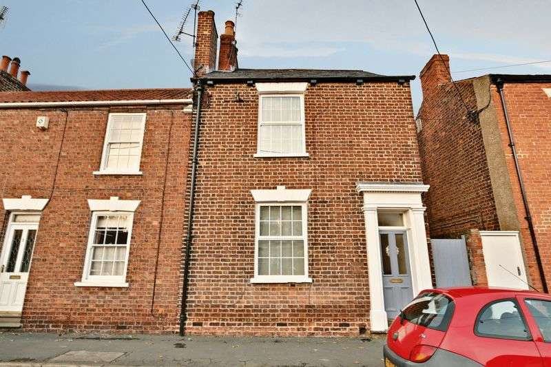 3 Bedrooms Terraced House for sale in Westfield Road, Barton-Upon-Humber