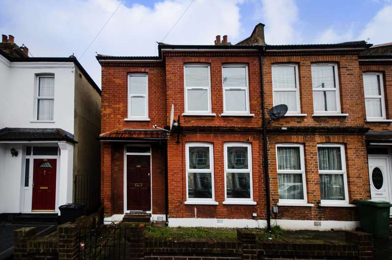 3 Bedrooms House for sale in Torridon Road, Catford, SE6
