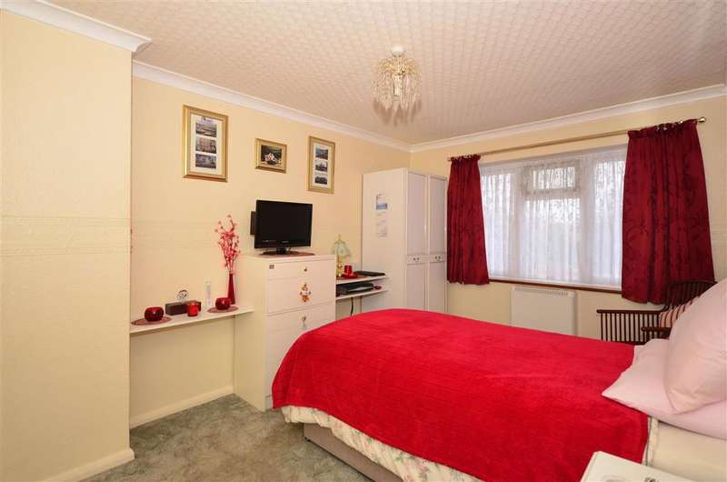 3 Bedrooms End Of Terrace House for sale in Pysons Road, Ramsgate, Kent