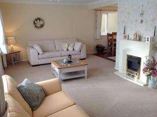 3 Bedrooms Detached House for sale in Regis Avenue, Aldwick Bay Estate, Aldwick, West Sussex