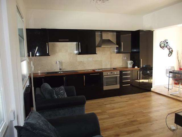 3 Bedrooms Apartment Flat for sale in Jameson Street, Hull, HU1 3HR