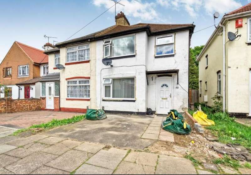 3 Bedrooms Semi Detached House for sale in Weatherby Road, Luton, LU4 8QS