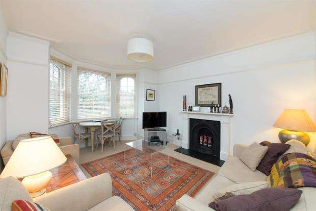 2 Bedrooms Apartment Flat for sale in Evelyn Mansions, Queen's Club Gardens, London, W14