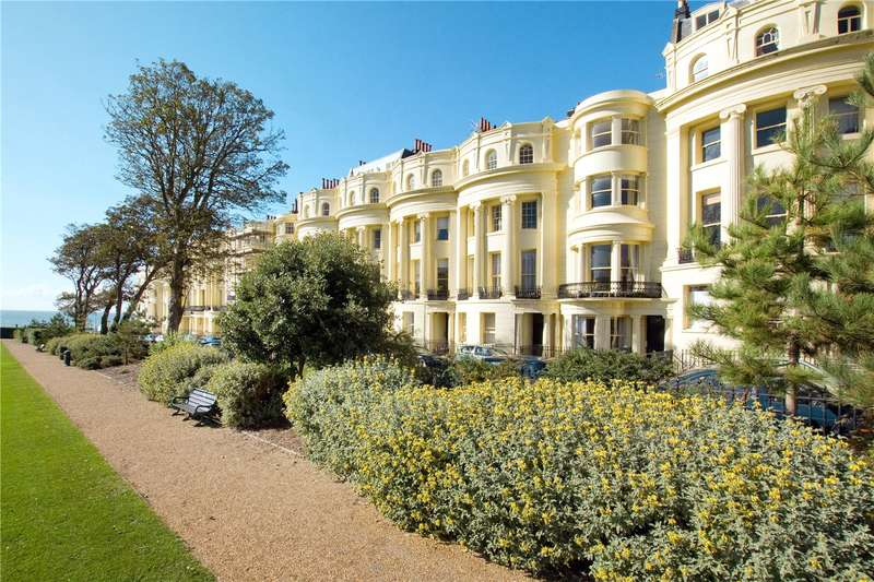 1 Bedroom Flat for sale in Brunswick Square, Hove, East Sussex, BN3