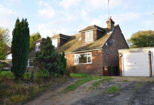 4 Bedrooms Bungalow for sale in Pook Reed Lane, Heathfield, East Sussex