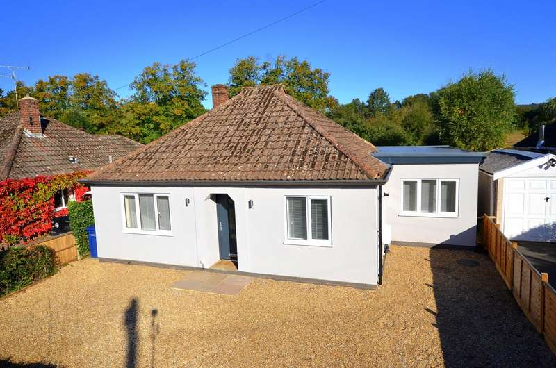 3 Bedrooms Detached Bungalow for sale in Cranleigh