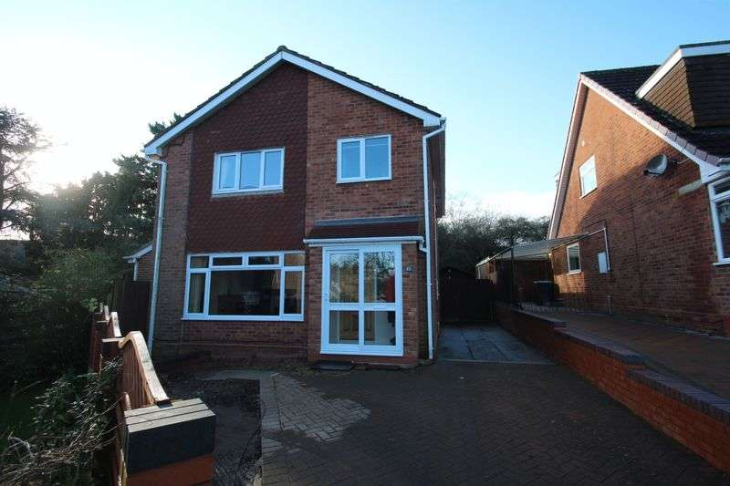 4 Bedrooms Detached House for sale in St. Chads Road, Studley