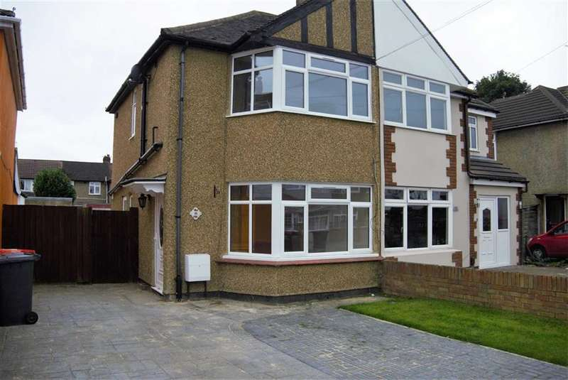3 Bedrooms End Of Terrace House for sale in Littleport Spur, Slough, Berkshire