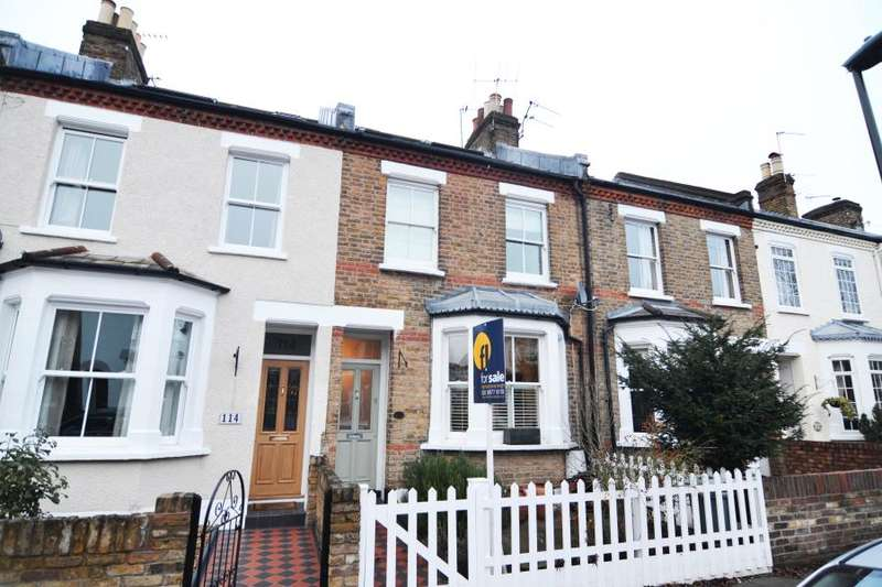 3 Bedrooms House for sale in Fulwell Road, Teddington. TW11