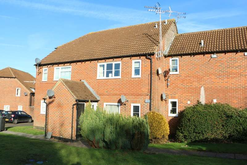 1 Bedroom Maisonette Flat for sale in Rosehip Way, Lychpit, Basingstoke, RG24