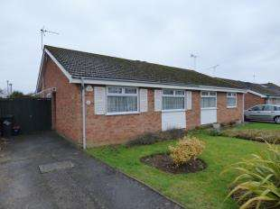 2 Bedrooms Bungalow for sale in Halstow Close, Maidstone, Kent