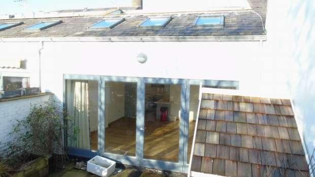3 Bedrooms Terraced House for sale in Pecket Well Hebden Bridge