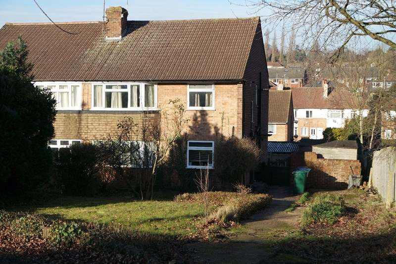 2 Bedrooms Flat for sale in Meadway, Barnet