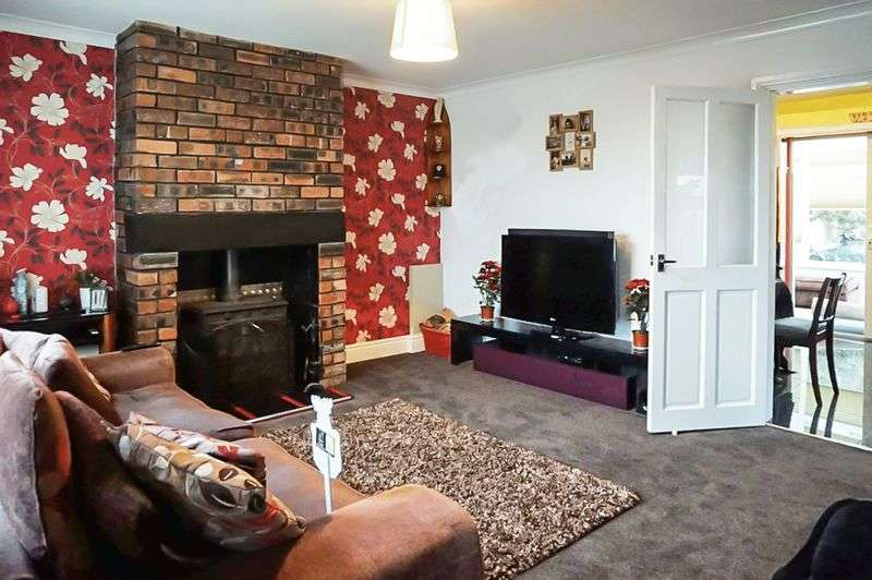 3 Bedrooms Semi Detached House for sale in Norris Road, Burslem, Stoke-On-Trent, ST6 7AT