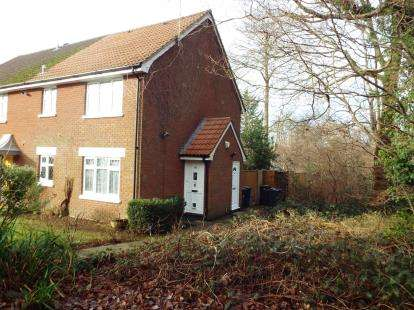 1 Bedroom End Of Terrace House for sale in Waterlooville, Hampshire
