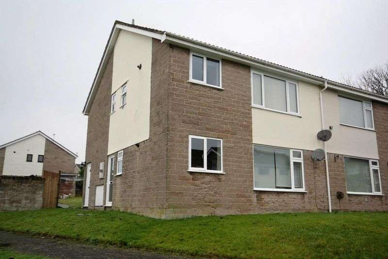 2 Bedrooms Flat for sale in Acacia Road, Westfield