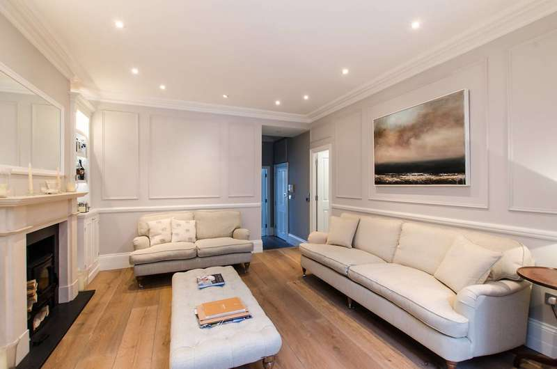 3 Bedrooms Flat for sale in Shipka Road, Balham, SW12