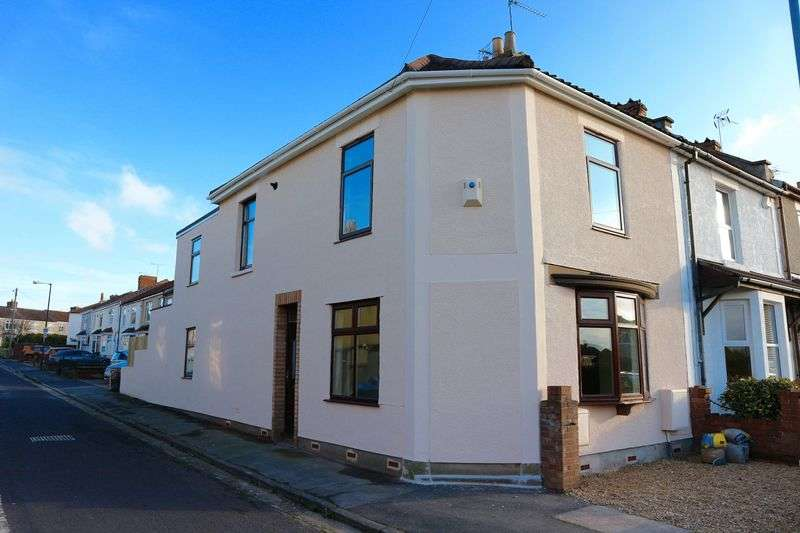 3 Bedrooms Terraced House for sale in Burchells Green Road, Kingswood, Bristol, BS15 1DR