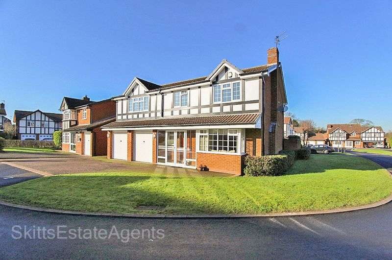 6 Bedrooms Detached House for sale in Ferndown Close, Bloxwich Walsall