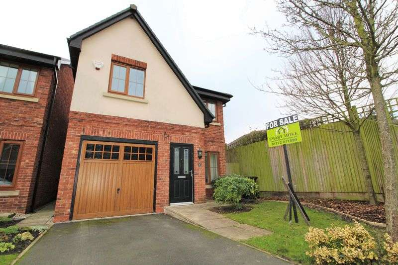 3 Bedrooms Detached House for sale in The Stables, Hesketh Bank, Preston