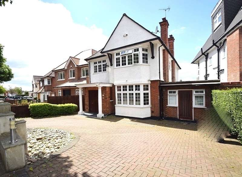 6 Bedrooms Detached House for sale in CRANBOURNE GARDENS, TEMPLE FORTUNE, LONDON, NW11