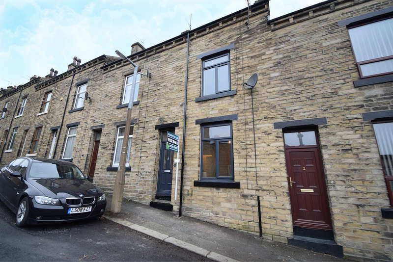 4 Bedrooms Terraced House for sale in Park Street, Saltaire