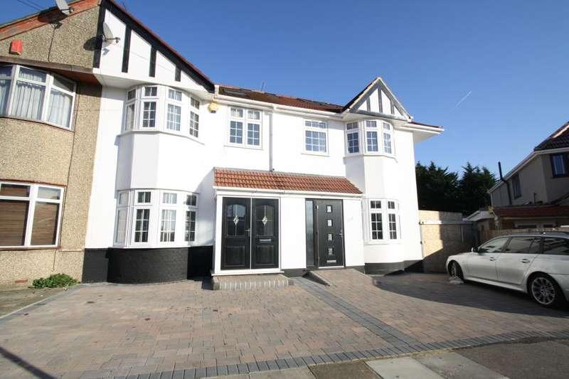 4 Bedrooms House for sale in Ashley Avenue, Barkingside, IG6 2JE