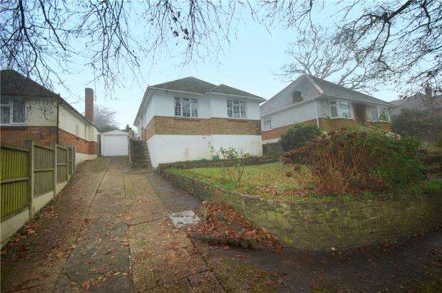 2 Bedrooms Detached Bungalow for sale in Bournemouth, Dorset, BH11