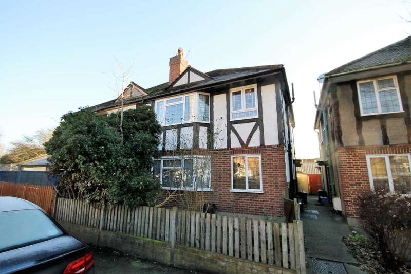 2 Bedrooms Maisonette Flat for sale in York Close, Morden