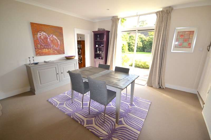 5 Bedrooms Semi Detached House for sale in West Byfleet