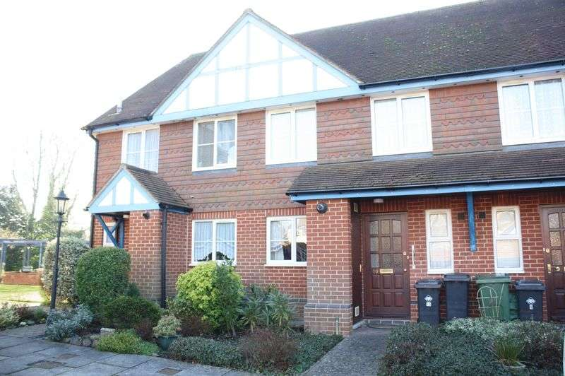 2 Bedrooms Terraced House for sale in Bishops Waltham