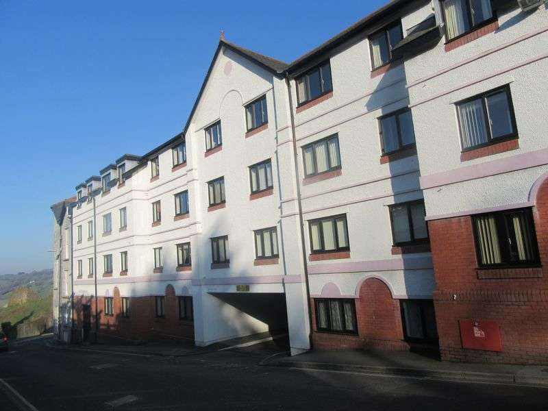 2 Bedrooms Flat for sale in Westgate Mews, Launceston