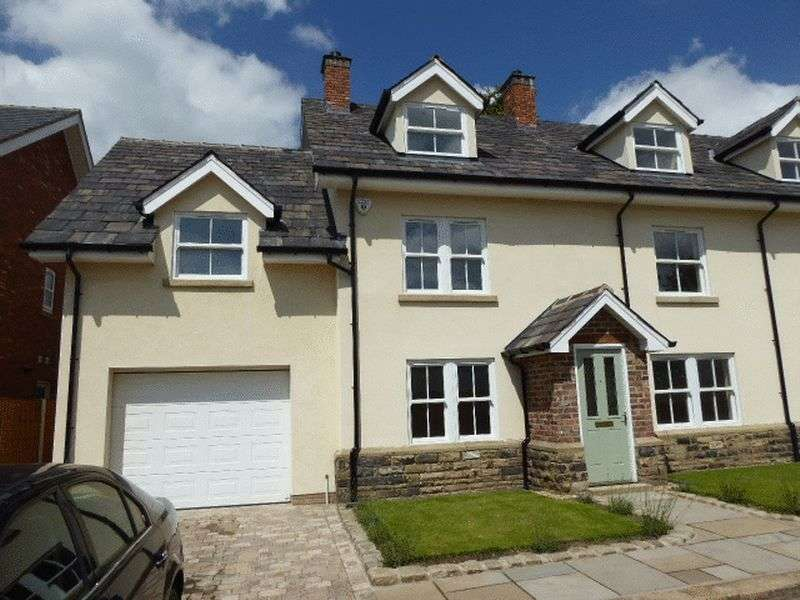 3 Bedrooms Semi Detached House for sale in Bolton Road , Wigan