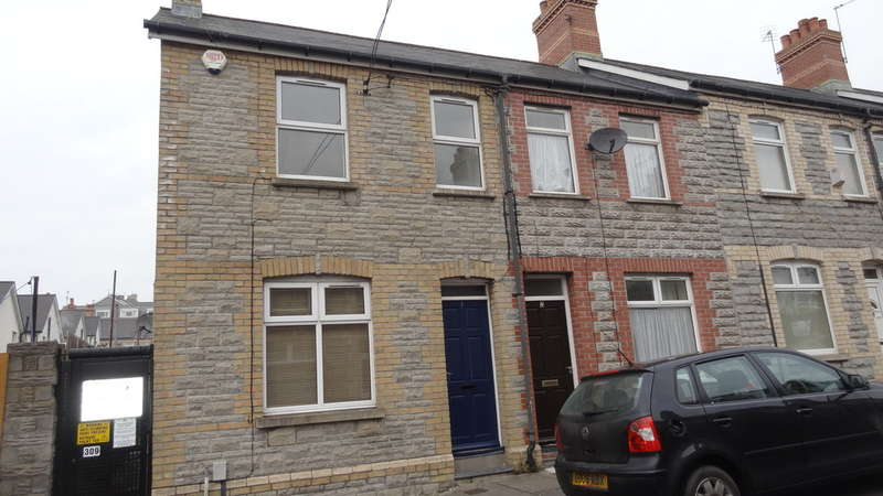 2 Bedrooms End Of Terrace House for sale in Moxon Street, Barry