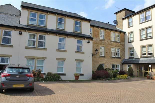 1 Bedroom Flat for sale in Bowland Court, Clitheroe, Lancashire